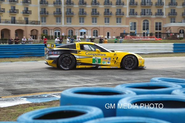 Corvette Racing, Sebring test, February 9-10, 2011, C6.R #3 driven by Olivier Beretta, Tommy Milner, and Antonio Garcia (Richard Prince/GM Racing Photo).