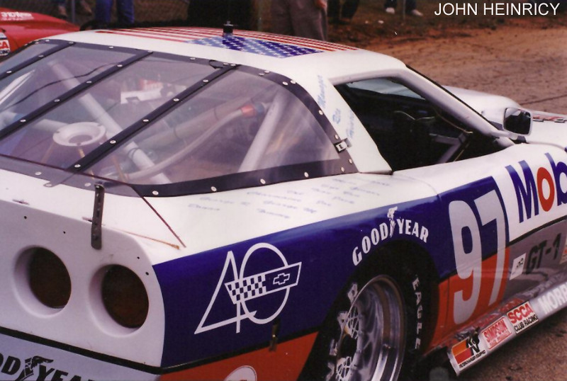 # 97 - 1993 SCCA GT1 - John Heinricy winning car-01