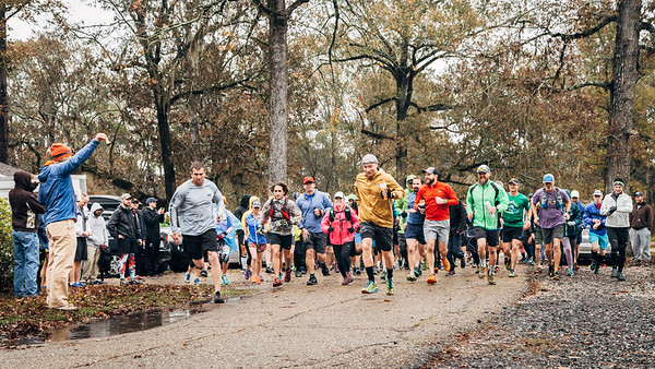 Race start for 10K and 20-mile trail races