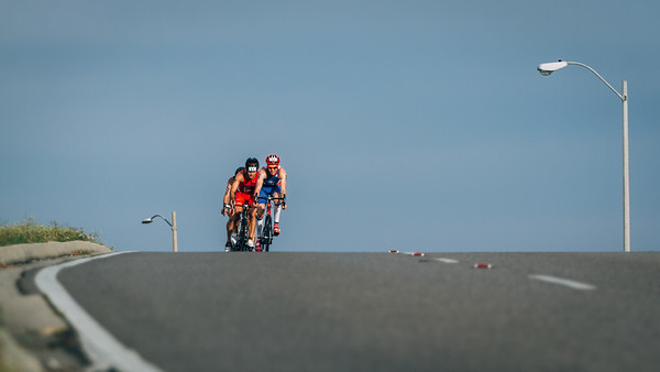 Lead pack of men during  the 2016 USA Triathlon Draft-Legal Sprint Duathlon Qualifier