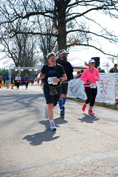 Jeane approaches the finish line.