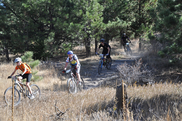 Freshman boys wind through the trees with Will McDonald, 7220 Composite from Laramie, WY leading the pack.