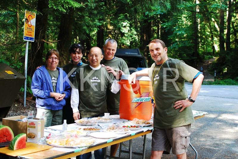 Seymour Aid Station Volunteers