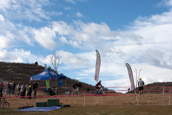Another beautiful day to race. Photo Carrie Dittmer.