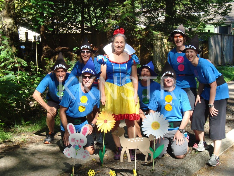 Hyannis Aid Station - Snow White and 7 Dwarves.  Photo by Pam Kostecki.
