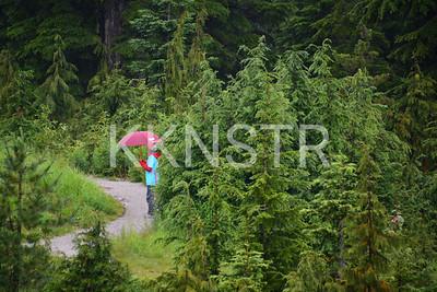 Cypress course marshal volunteer.  Photo by Salvador Miranda.