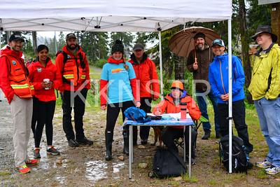 Cypress aid station volunteers with North Shore Rescue.  Photo by Salvador Miranda.