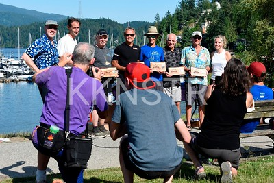 Recipients of finishing 20 Knee Knacker races