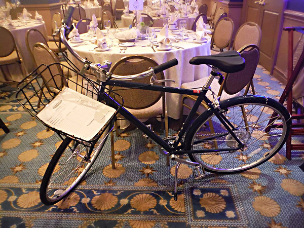 Stunning Globe Daily 2 commuter donated by NICA founding sponsor, Specialized. Photo Tammy Welshon.