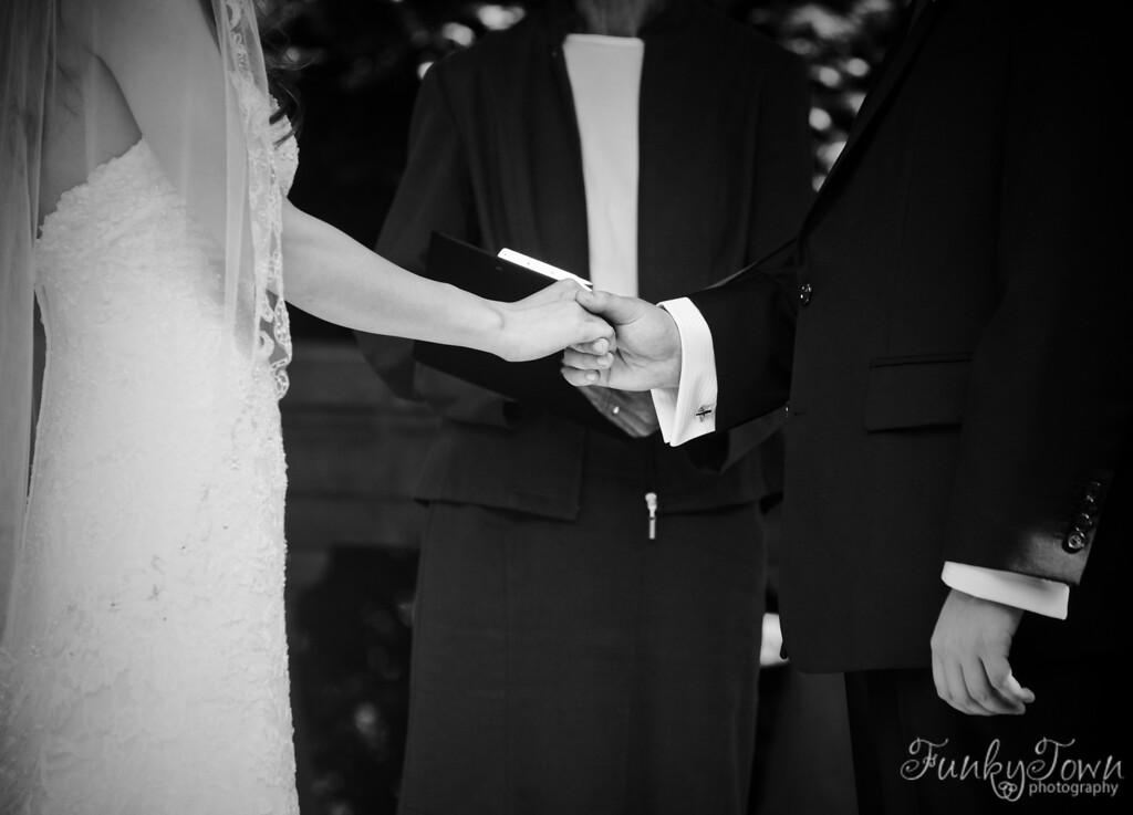 Ceremony0086-bw