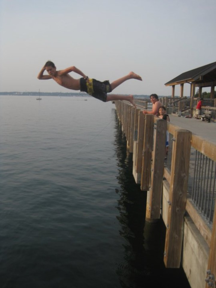 Jaro takes a flying leap, Taylor Dock, Bellingham