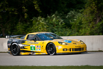 The #4 Corvette C6R heading up the front straight towards the Start Finish line.