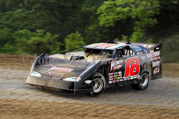 34 Raceway Lucas Oil