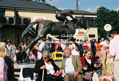 IRELAND- IRISH DERBY DAY 2005