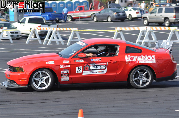 Vorshlag Mustang clawing through the Optima Faceoff autocross