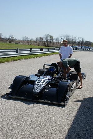 CHASSIS A combination carbon fiber cockpit with steel tube front and rear clips. Cars for Indy and F1 require drivers to be surrounded by a carbon fiber survival cell. Stohr has the only DSR with comparable technology.