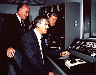 In 1989 a new state of the art dynomometer testing room installation was completed and here its being reviewed by UK management. Peter Nevitt standing to left, Richard Scammell back and myself at the front explaining the features.