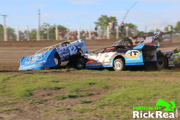 06-05-2015 River Cities Speedway Racing Photos