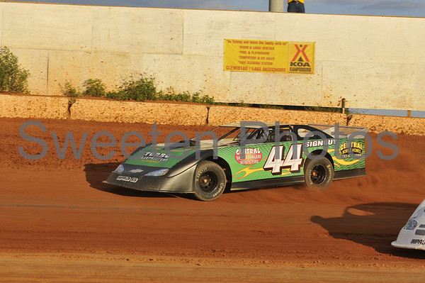 Late Models at the New Hendry County Speedway 4/12/08