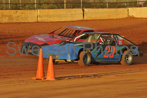 Mini Stock at the New Hendry County Speedway 4/12/08