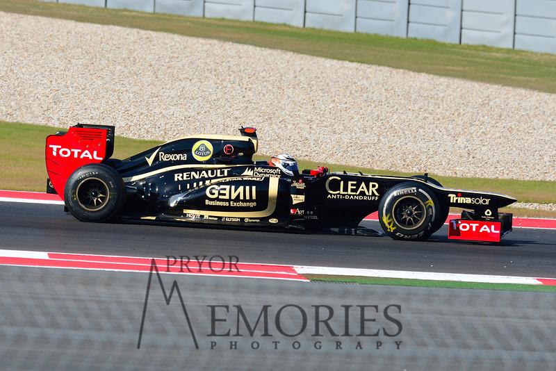 Kimi Raikkonen in the #09 Lotus
