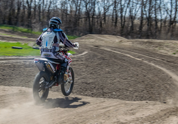 2017-04-30 Dakota Motocross