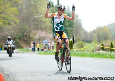 2011 Boone-Roubaix. Women's finish.  Zaveta wins women's race with a solo break.