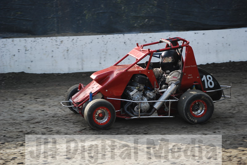 Wingless Night 2009 - 010