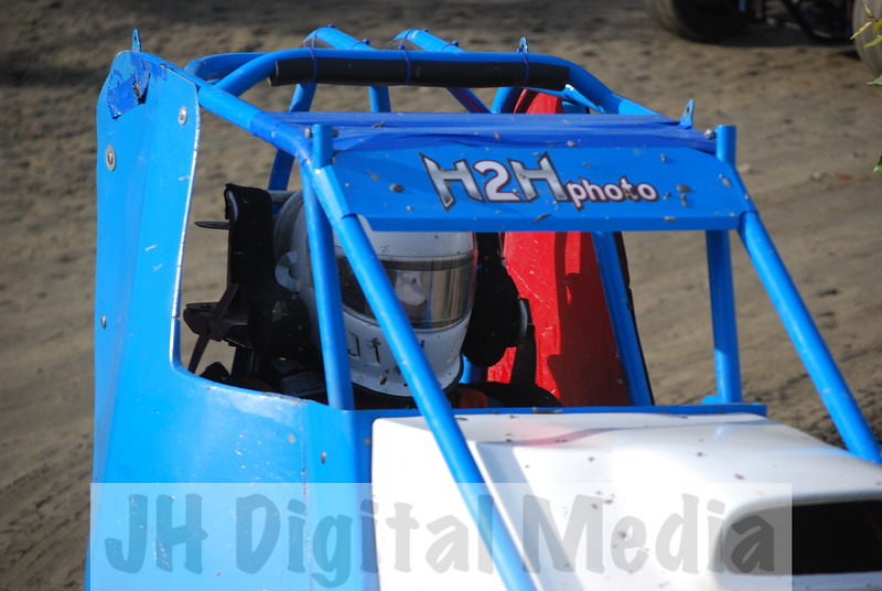 Wingless Night 2009 - 011