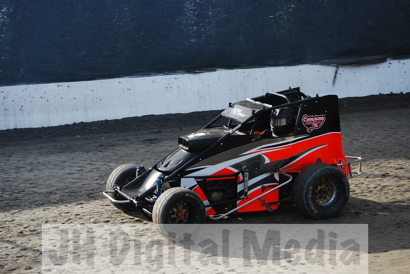 Wingless Night 2009 - 002