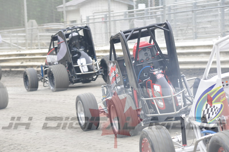 April 30 2010 - Les Schwab Wingless Night 011