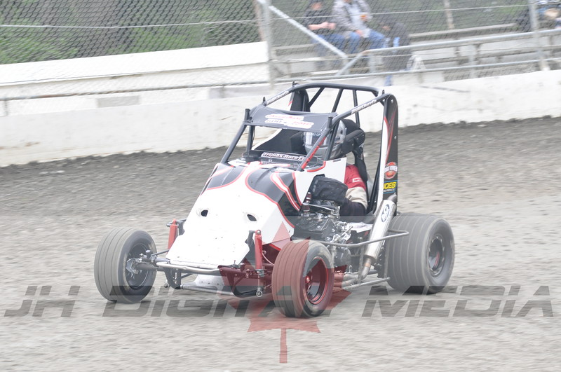April 30 2010 - Les Schwab Wingless Night 017