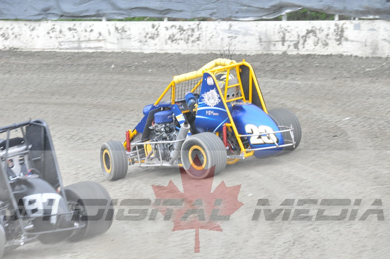 April 30 2010 - Les Schwab Wingless Night 033