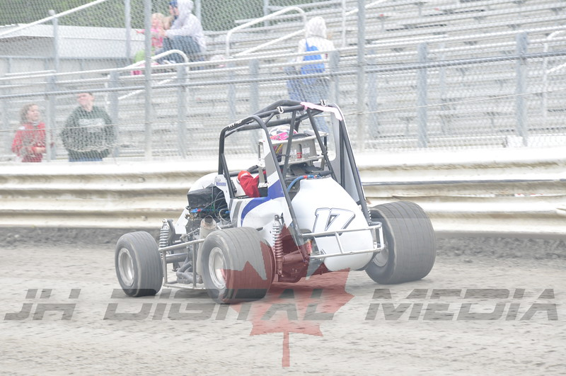 April 30 2010 - Les Schwab Wingless Night 014