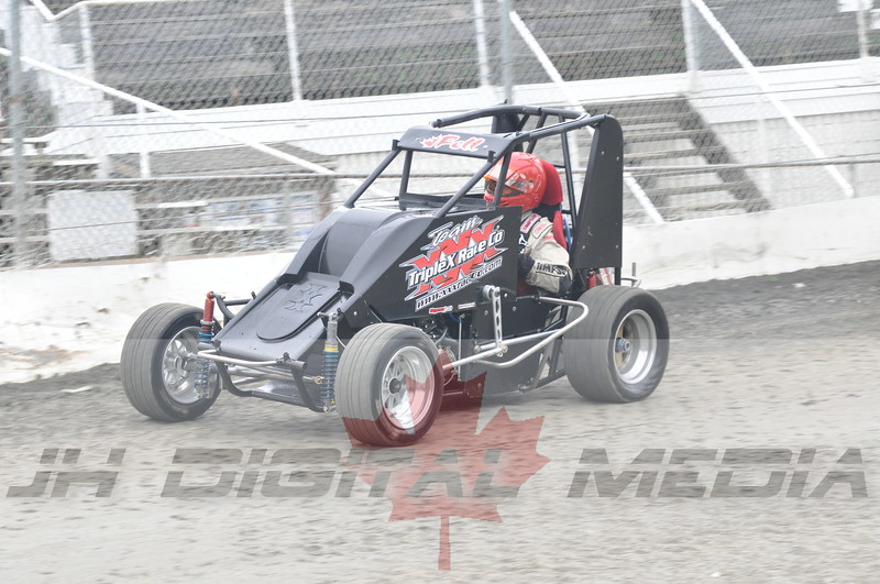 April 30 2010 - Les Schwab Wingless Night 019