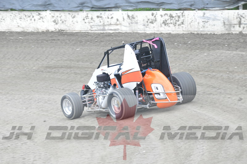 April 30 2010 - Les Schwab Wingless Night 030