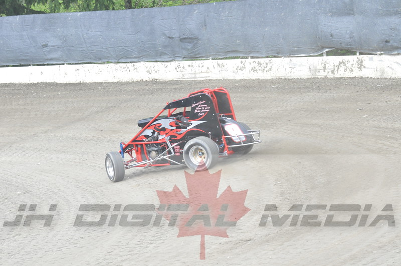 April 30 2010 - Les Schwab Wingless Night 047