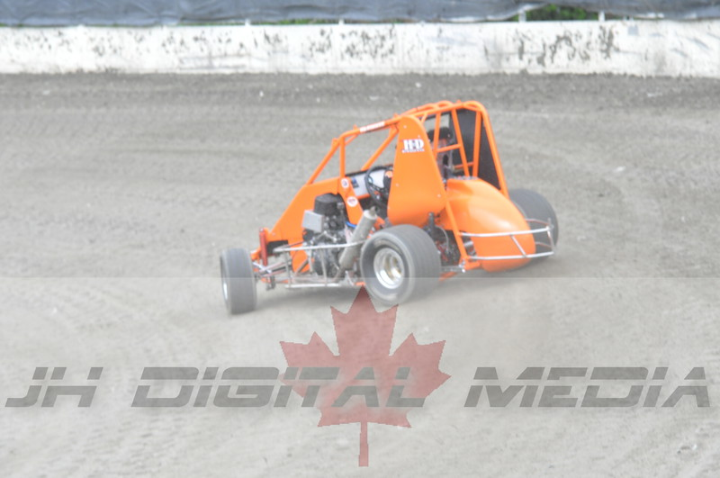 April 30 2010 - Les Schwab Wingless Night 034
