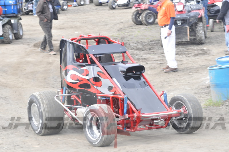 April 30 2010 - Les Schwab Wingless Night 041