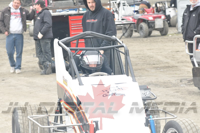 April 30 2010 - Les Schwab Wingless Night 008