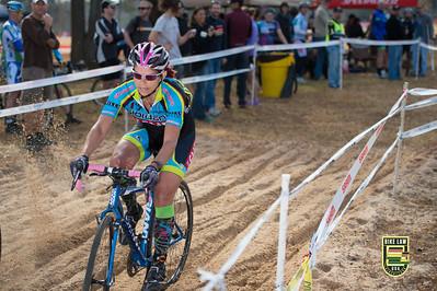 Jana Morris turning heads.  2012 NCCX8 Charlotte, NC.  Photo by Weldon Weaver.