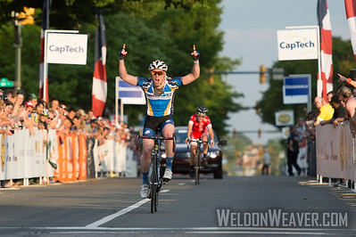 Griffin Easter (Upland, Calif./Fort Lewis College) 2:42.51 Mens DI Winner. 2014 Collegiate Road National Championship, Richmond Worlds Course. Photo by Weldon Weaver.