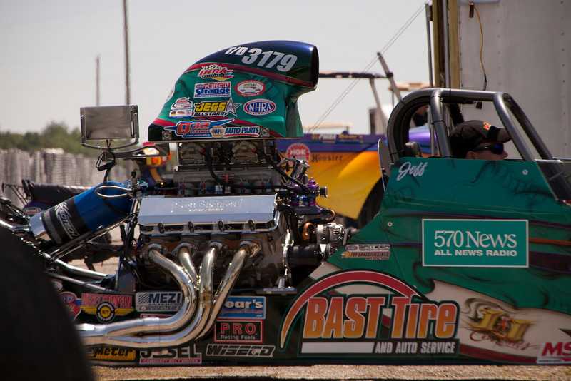 Quick32 Dragster-06212013-125131 (1)(f).jpg