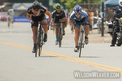2015 Collegiate Nats Crit.  Photo by Weldon Weaver.