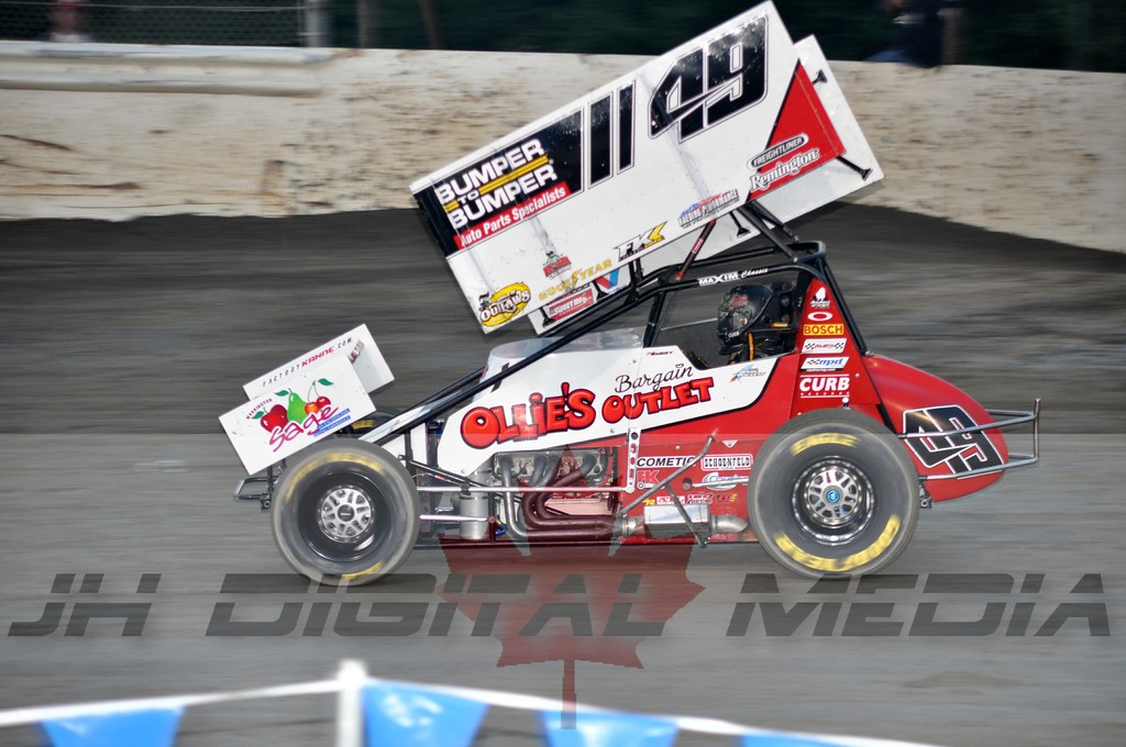 2010 World of Outlaws - Night 2 (5)