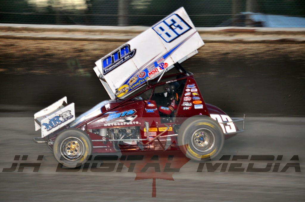 2010 World of Outlaws - Night 2 (15)