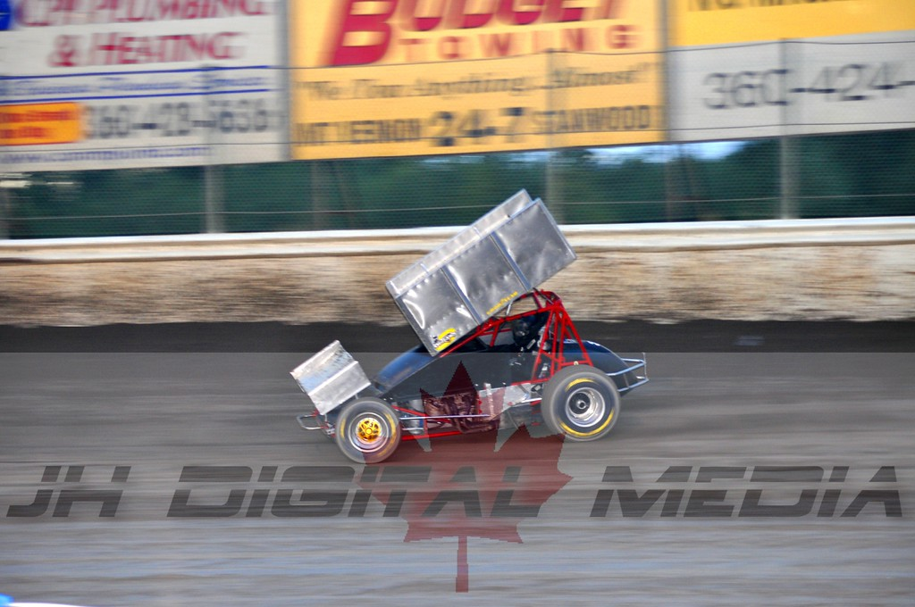 2010 World of Outlaws - Night 2 (12)
