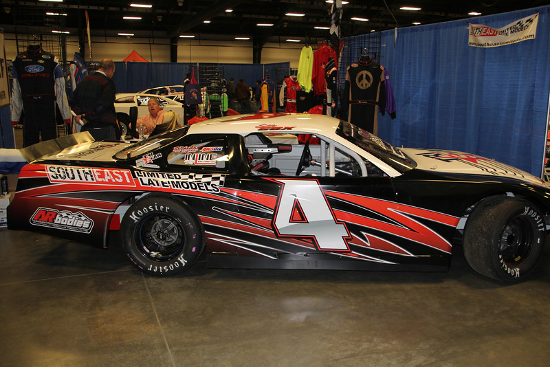 The #4 South East Limited Late Model of Eddy Cox