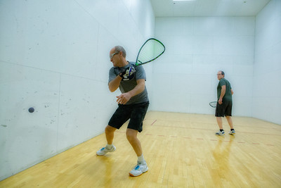 David Maisey using his backhand vs Clint  H.