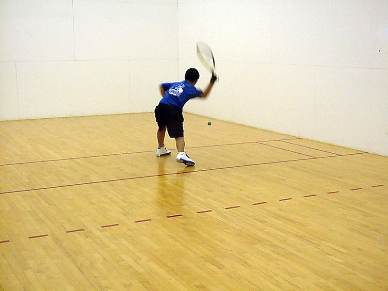 2004 States - 12-finals - Rion Drive serve - just prior to striking the ball hips rotating